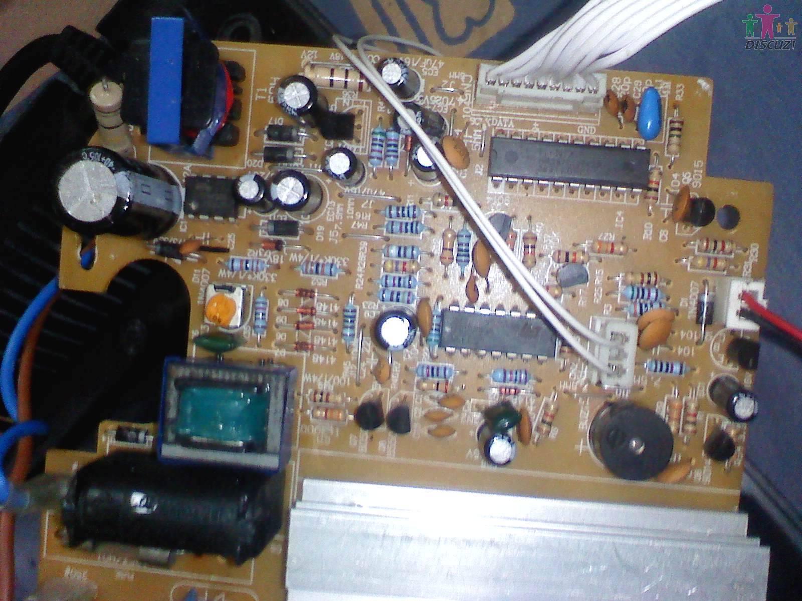 (10.42 KB)  --------------------------------- 本机已修复哎呀妈呀,这真是太高兴了 因为这台机是本地很有名的大师傅修不了而转给我修的,他说:修不了就扔了它吧.最终让我8毛钱成本搞掂了特有成就感刚开始我怀疑个别灯,后来经检查-----否断电拆掉按键,通电试机还是一样故障接着又怀疑有电阻变值、IGBT性能不良、桥堆性能不好.
