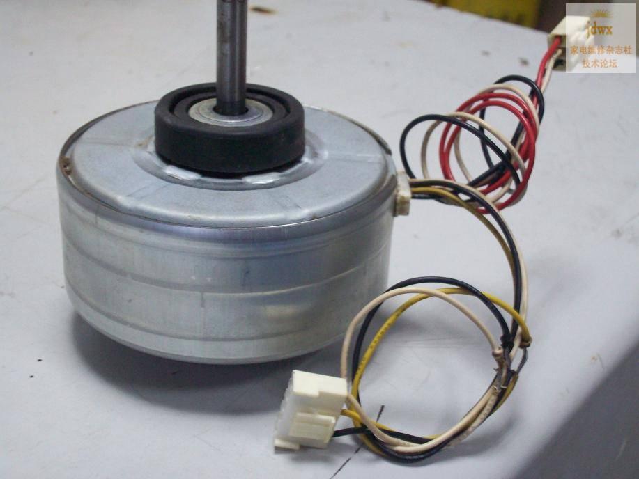 室内风机电机坏难找,或者哪位知道用什么电机代换的也行。空调型号:KFR-35G/M --------------------------------- 那要看是PG电机还是抽头调速的电机。。。 --------------------------------- 看线路板,象是可控硅调速,为了让大家看清楚,上图片) Z q+ Q5 `! B, h7 ]2 c3 [/ V : B* c _5 v# ^ ^.